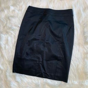 White House Black Market Pencil Skirt Silky EUC